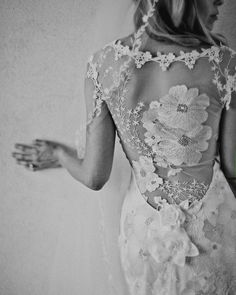 Weddbook ♥ Claire Pettibone flowers embroidered wedding dress with lace back. Stunning lace back wedding dresses. Orange Blossom by Claire Pettibone. Lace Back Wedding Dress, Wedding Dresses, Backless Wedding, Gown Wedding, Dress Lace, Lace Dresses, White Dress, Claire Pettibone Wedding Gowns, Lace Gowns