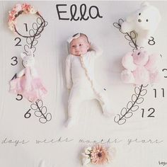 Isn't little Ella just adorable on our Wreath blanket? This will be in stock next week too with a few changes to the design! Comment below to be tagged when they go live! Baby Milestone Blanket, Milestone Blankets, Baby Shower Gifts, Baby Gifts, Monthly Baby Photos, Baby Poses, Baby Sprinkle, Baby Milestones, Pretty Baby