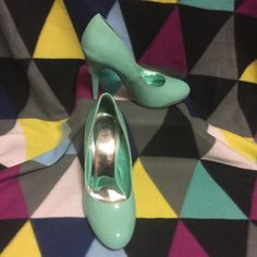 Deb Mint Heels Deb Stores mint heels. Size 10. Only worn once. In perfect condition. Deb Shoes Heels