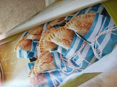 Cute personal pie packaging displayed in the April/May issue of Taste of Home-  LOVE!