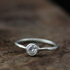 i love simple engagement rings :)