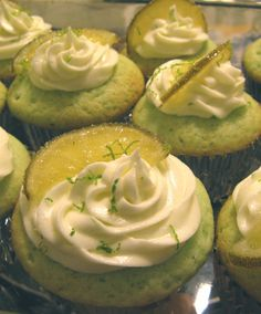 ... Gin & Tonic (Cupcakes) on Pinterest | Gin And Tonic, Gin and Cupcakes