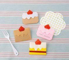一枚の紙で作れる!かわいいショートケーキのお手紙の折り方(おりがみ) | ぬくもり #おりがみ #折り紙 #かわいい #ケーキ #ショートケーキ #いちご #手紙 #カード #手作り #作り方 #ハンドメイド #手芸 #NUKUMORE Handmade Crafts, Diy And Crafts, Crafts For Kids, Arts And Crafts, Paper Crafts Origami, Origami Box, Globe Crafts, Origami Templates, Karten Diy