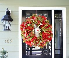 Holiday Home Tours - Front Door Wreath