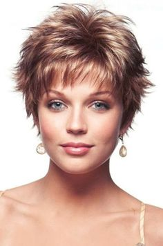 13 Mind-Blowing Short Curly Haircuts for Fine Hair - Hair Styles Modern Short Hairstyles, Short Curly Haircuts, Haircuts For Fine Hair, Haircut For Thick Hair, Shag Hairstyles, Curly Hair Cuts, Feathered Hairstyles, Curly Hair Styles, Thin Hair