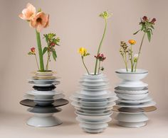 """Pila"" series: vases and lamps with Rosenthal plates design by Hanna Krüger"