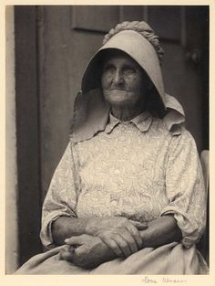 Woman in sunbonnet 1924-1934; Kentuckyiana Digital Library Doris Ulmann collection