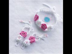 YouTube Crochet Bows, Crochet Flowers, Knit Crochet, Ganchillo Ideas, Crochet Barefoot Sandals, Bare Foot Sandals, Ear Warmers, Headbands, Free Pattern