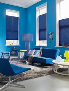 Luxaflex® Plisse shades are available in a large number of colours, fabrics and transparencies. Find out more about Luxaflex® Plisse shades online. Wood Blinds, Curtains With Blinds, Wall Colors, House Colors, Honeycomb Blinds, Ceiling Painting, Stoff Design, Blue Rooms, Window Coverings