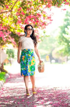cute & little | dallas petite fashion blog | j.crew tie-waist pencil skirt puckered morning floral, yellow strappy sandals, bamboo bag | summer outfit | how to fake an hourglass figure