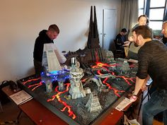 Also this year I visited the Tactica in Hamburg again. It is the biggest Wargaming Show here in Germany . Maquette Star Wars, Science Fiction, Master Of The Universe, Evil Empire, Star Wars Models, Star Wars Clone Wars, Star Wars Characters, Mandalorian, Military
