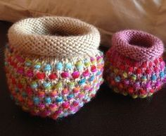 Free Knitting Pattern for Dotty Pots - Colorful baskets that are small enough to hold in your hand but sturdy enough to stand on their own without felting (though you can felt if you want). Designed by the amazing Frankie Brown. Great stash buster! Also great yarn cake / ball holders.