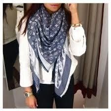 Scarf Vest, Vest Jacket, Summer Work Outfits, Winter Outfits, Louis Vuitton Scarf, Chic Outfits, Jeans, Boho Chic, Women's Fashion