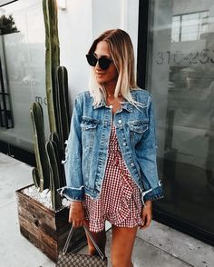 8852d657ff4 46 Amazing Blue Jean Jacket Outfits Ideas for Spring - Trendfashionist