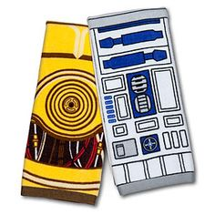 Star Wars Hand Towel Set - R2-D2 & C-3PO | ThinkGeek DAD thinks of how amazing these would be in my apartment!!!!