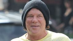 Mickey Rourke to build massive animal shelter in Romania... I KNEW I LIKED THIS GUY FOR A REASON...