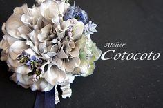 ダリアのコサージュ~オトナのピンクグレー~ - プリザーブドフラワー・コサージュの「Atelier cotocoto」