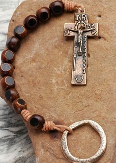 Irish Penal Rosary: Horn with Primitive Crucifix - Atelier-Beads