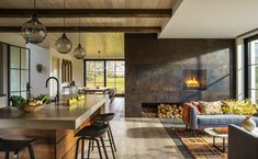 Vermont home designed to take advantage of idyllic lakefront setting - Modern farmhouse captures stunning views of Lake Champlain, Vermont Best Picture For kitchen islan - Modern Farmhouse Kitchens, Farmhouse Style Kitchen, Home Decor Kitchen, Interior Design Kitchen, Home Kitchens, Farmhouse Decor, Kitchen Ideas, Interior Door, Small Living Room Design