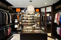 25 Luxury Closet Designs >> http://blog.hgtv.com/design/2015/07/17/photo-friday-closets-without-style-as-if-2/?soc=pinterest