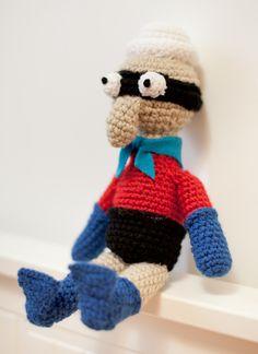 Amigurumi/Crochet Barnacle Boy, from Spongebob!   thebhivecreations.com