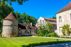 During our classic Burgundy cruises aboard hotel barge 'La Belle Epoque' we visit the exquisite World Heritage UNESCO site of Abbaye de Fontenay founded by St Bernard in 1118.