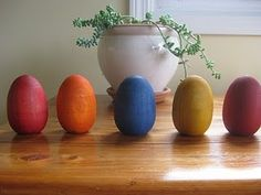 dying wooden eggs