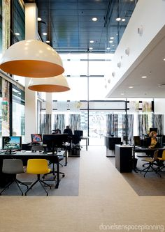 Open plan workstations - Spies' office in Copenhagen. Spaceplanning and interior design by Danielsen Spaceplanning.