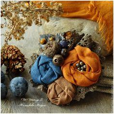"""Купить Брошь """"Ранняя Осень"""" - брошь, текстильная, кружево, лен, цветок, серый, оранжевый, рыжий"""