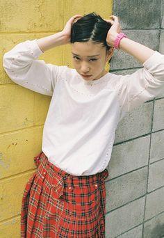 『20歳の頃』は、川島小鳥の写真展。 川島の新作で構成される同展。20歳になる1人の女性を被写体に東京と台北で撮りためた作品群が展示される。 …