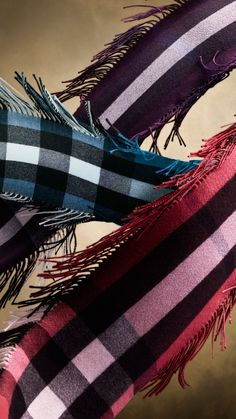 The Long Fringe Scarf in Check Cashmere | Burberry