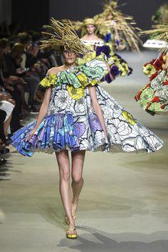 Viktor & Rolf: haute couture spring/summer 2015