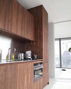 #BlackJack #kitchen #walnut #stainlessteel #mvannu #afirahimi #Ward #woodwork #meubelmaker #meubelmakerij # de multiplxfurniture