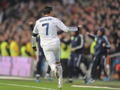 Cristiano Ronaldo leads Real Madrid to a thrilling win in La Liga World Best Football Player, Real Madrid Football Club, Good Soccer Players, Best Football Team, World Football, Football Soccer, Football Players, Cr7 Ronaldo, Ronaldo Football