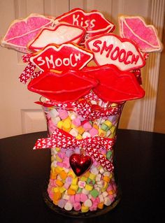 Valentines Day, Bouquet, Cool Stuff, Ideas, Valentines Diy, Cool Things, Valentine's Day, Valentines, Bouquets