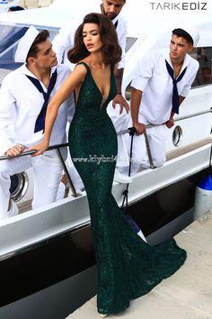 Изумрудное вечернее платье #TarikEdiz 93455 #couture #dressesforallspecialoccasions #newcolection2k18