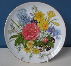 "LOVELY HUTSCHENREUTHER LIMITED EDITION PLATE ""SPRING MORNING"" By URSULA BAND 