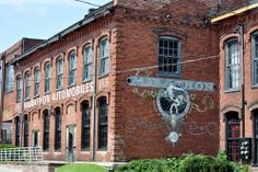 American pickers Antique Archeology in Nashville