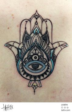 Anna Belozyorova - Hamsa This is the most beautiful hamsa tattoo I've ever seen, kinda makes me want one