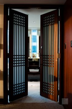 hotel door Loved my room at the Shangri La Hotel, Toronto - beautiful oriental influences such as these doors. Grill Gate Design, Iron Gate Design, Window Grill Design, Iron Window Grill, Hotel Door, Black Interior Doors, House Front Design, Steel Doors, Pergola Patio