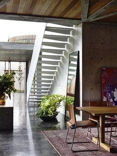 Concrete-House-Auhaus-Architecture-04-1-Kindesign.jpg (751×1000)