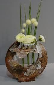 """Résultat de recherche d'images pour """"tableaux powertex"""" Demi Sphere, Vase Deco, Papercrete, Sculptures Céramiques, Keramik Vase, Pottery Sculpture, Gourd Art, Arte Floral, Art For Art Sake"""