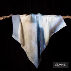 Sea-Nik Scarves bring you a beautiful range of Australian themed scarves in luxury silk. The Kookaburra comes is wonderful shades of blue and cream. Local Photographers, Silk Scarves, Shades Of Blue, Sea, Luxury, Range, Beautiful, Fashion, Aussies