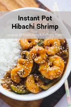 Easy dump and start Instant Pot hibachi shrimp cooked in 0 minutes on high pressure! The sauce is so tasty so doubling the amount might be a good idea! Hibachi Recipes, Seafood Recipes, Cooking Recipes, Healthy Recipes, Healthy Pressure Cooker Recipes, Cooking Videos, How To Cook Fish, How To Cook Shrimp, Hibachi Shrimp