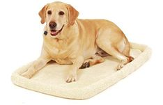 Carlson Pet Products Machine Washable Fleece Pet Bed Large ** Check this awesome product by going to the link at the image. (This is an affiliate link) Dog Crate Pads, Wire Crate, Crate Bed, Bolster Dog Bed, Cool Dog Beds, Pet Beds, Training Your Dog, Dog Care, Pet Supplies