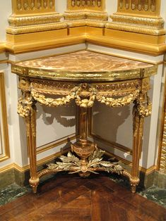 Corner table by Jean-Francois-Therese Chalgrin, 1770 - Corcoran Gallery of Art French Style Furniture, Beautiful Furniture, Nyc Furniture, Rustic Furniture, Gold Decor, Corner Furniture, Rococo Furniture, Gilded Furniture, Furniture Stores Nyc