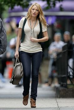 blake lively gossip girl fashion | blake lively nine west 02 photo