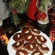 Fotografie receptu: Kakaové dortíčky s ořechovým krémem Gingerbread Cookies, Christmas Cookies, Hungarian Recipes, Russian Recipes, Sweets, Baking, Breakfast, Desserts, Polish
