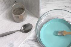 Tafelfarbe aus Acrylfarbe und Zement selbst mischen