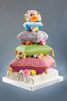 pillow cake, but different colors
